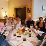 Apéritif pour le groupe de Quitou Wine Travel à Santenay en Bourgogne