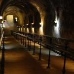 Le grand escalier de 116 marches - Descente dans les caves Pommery à Reims