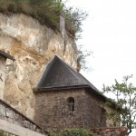 Habitations troglodytes dans la falaise de Chinon